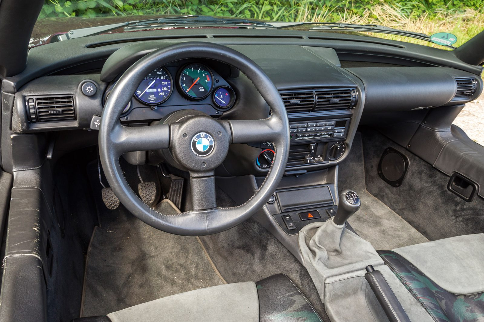 BMW Z1 dashboard