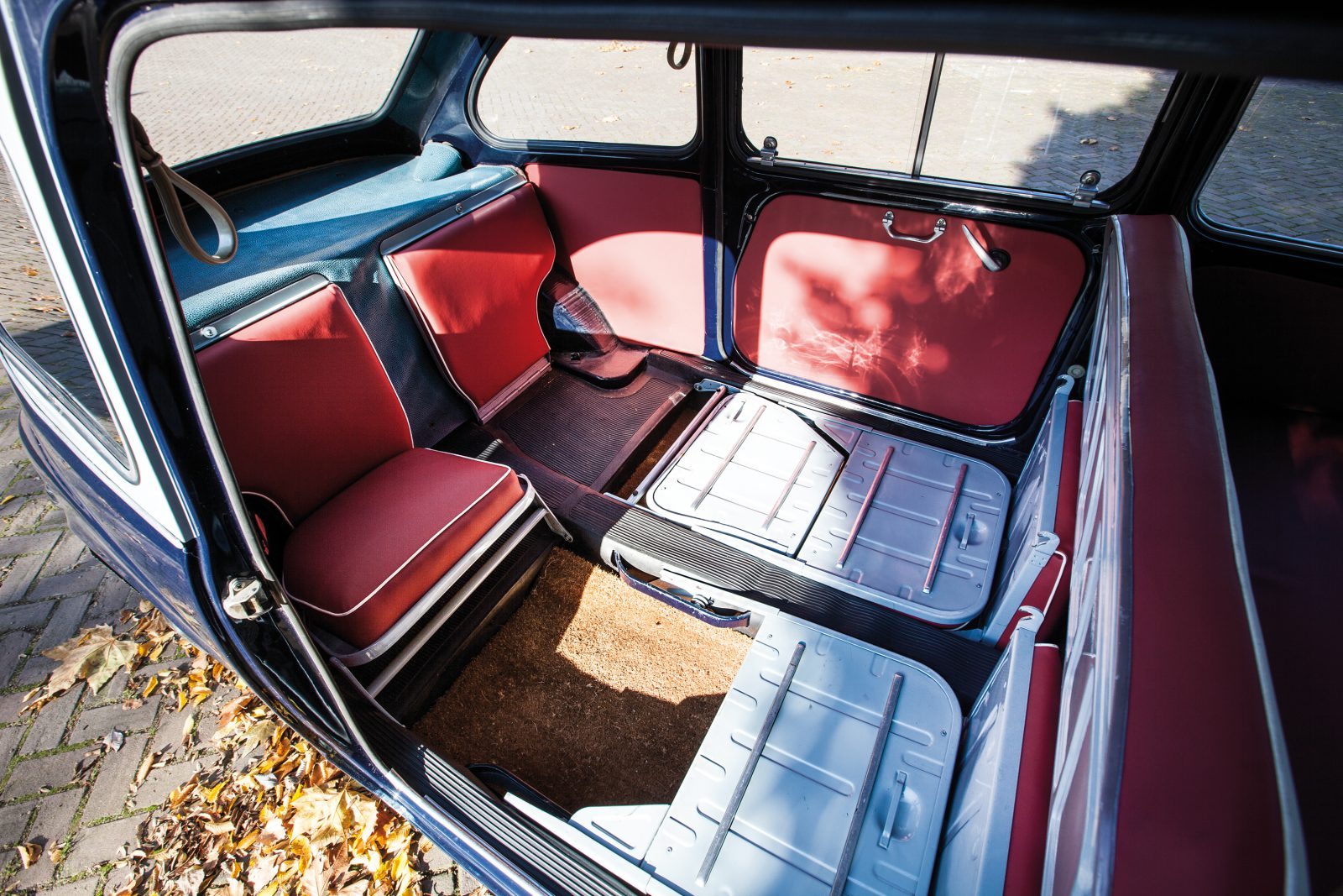 Fiat 600D Multipla interieur