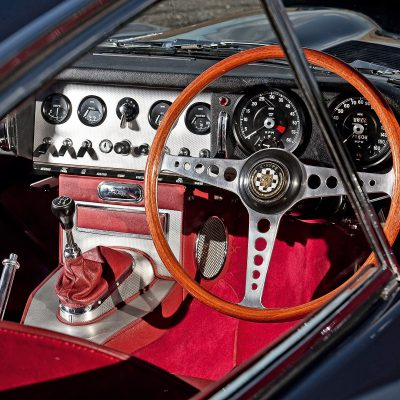 Jaguar E-Type dashboard