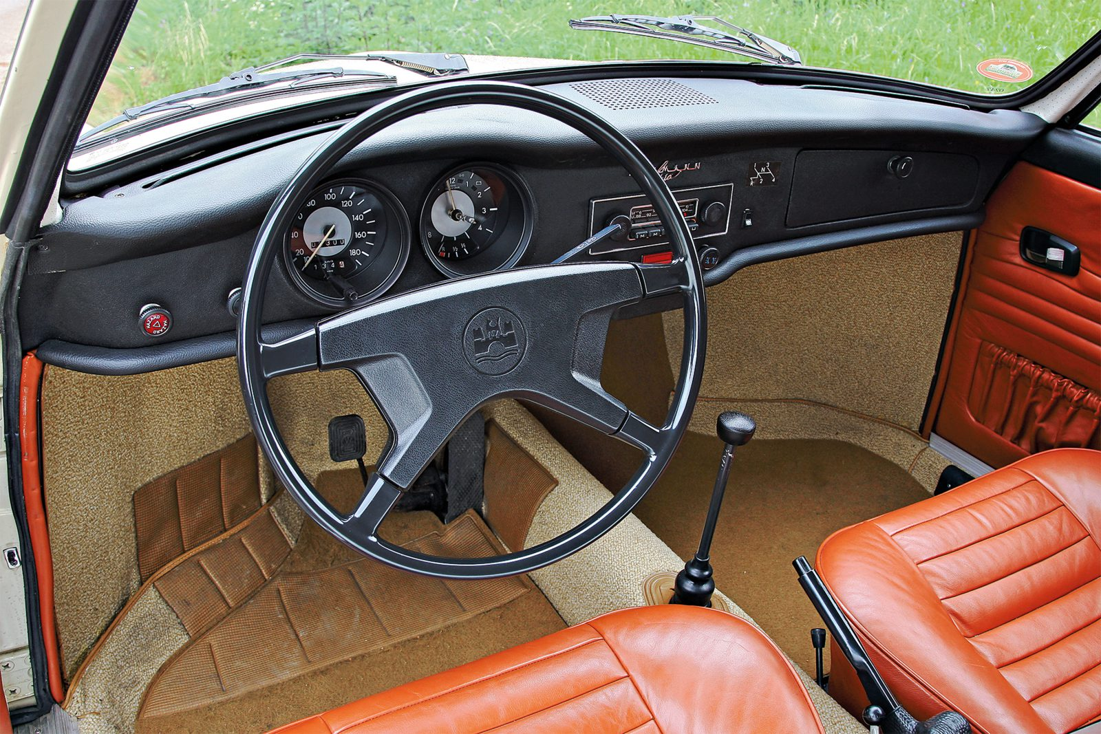 Volkswagen Karmann Ghia dashboard