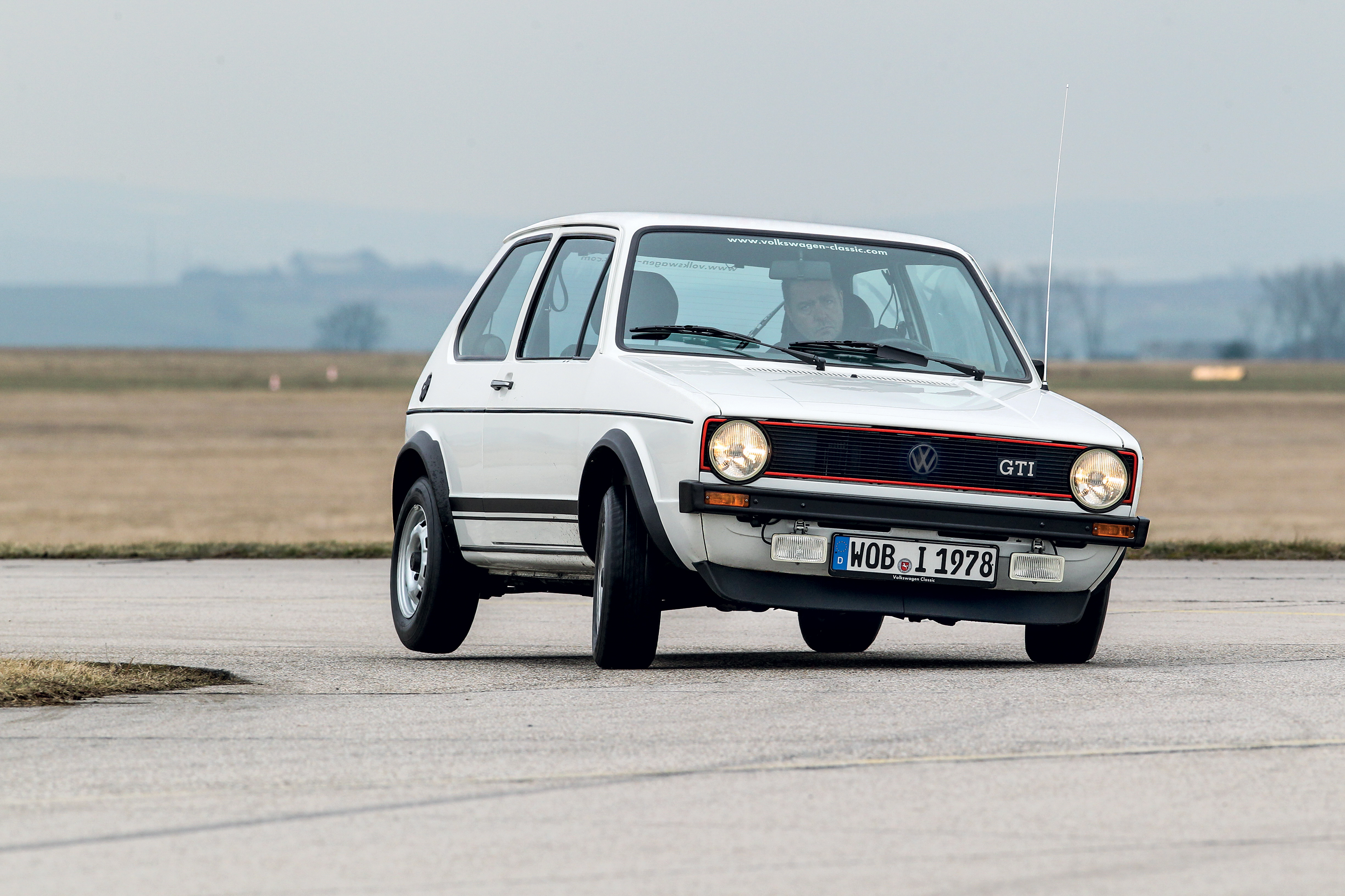 Volkswagen Golf Gti Specificaties En Info Classic Cars