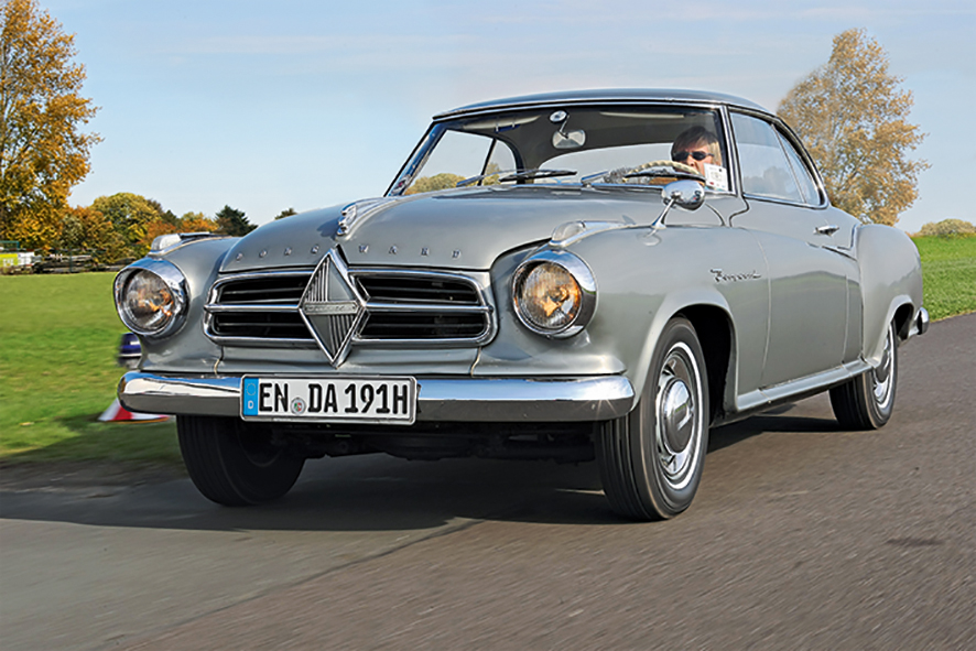 Borgward_Isabella_Coupe_driving_front