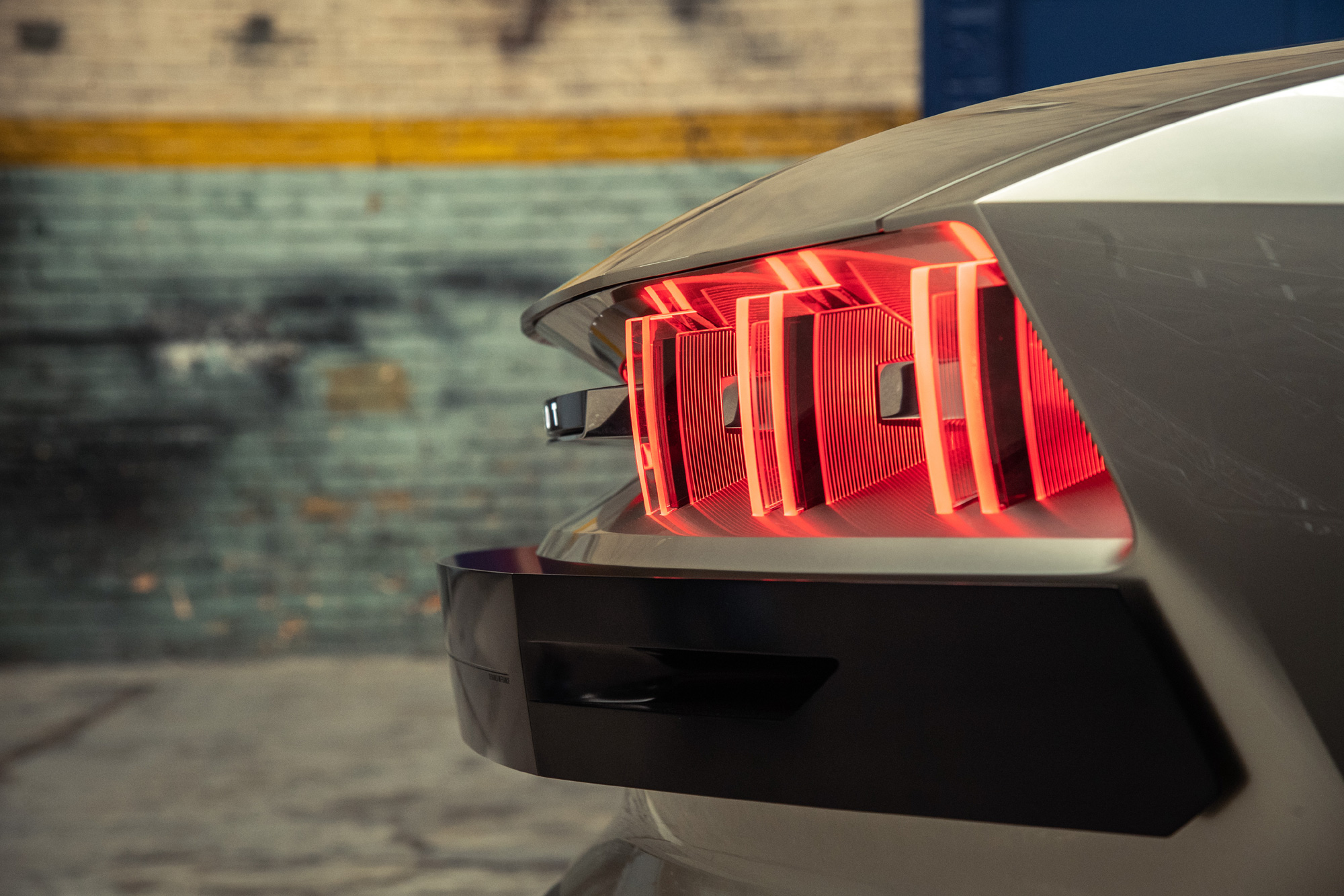 peugeot_e-legend_tail-light