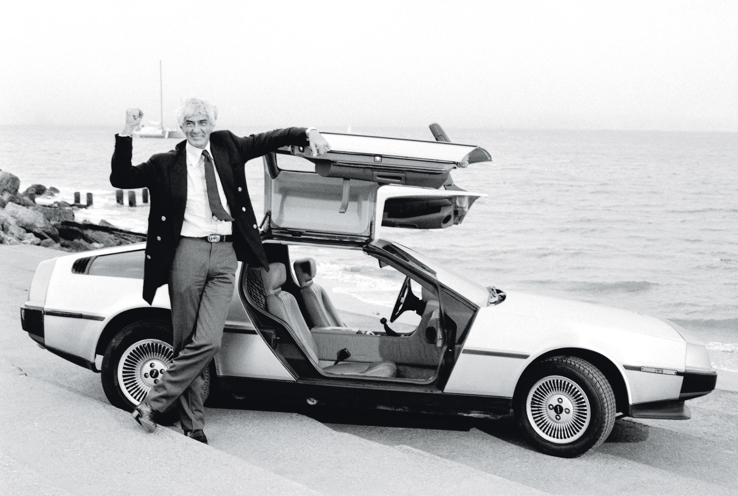 John_DeLorean_DMC-12