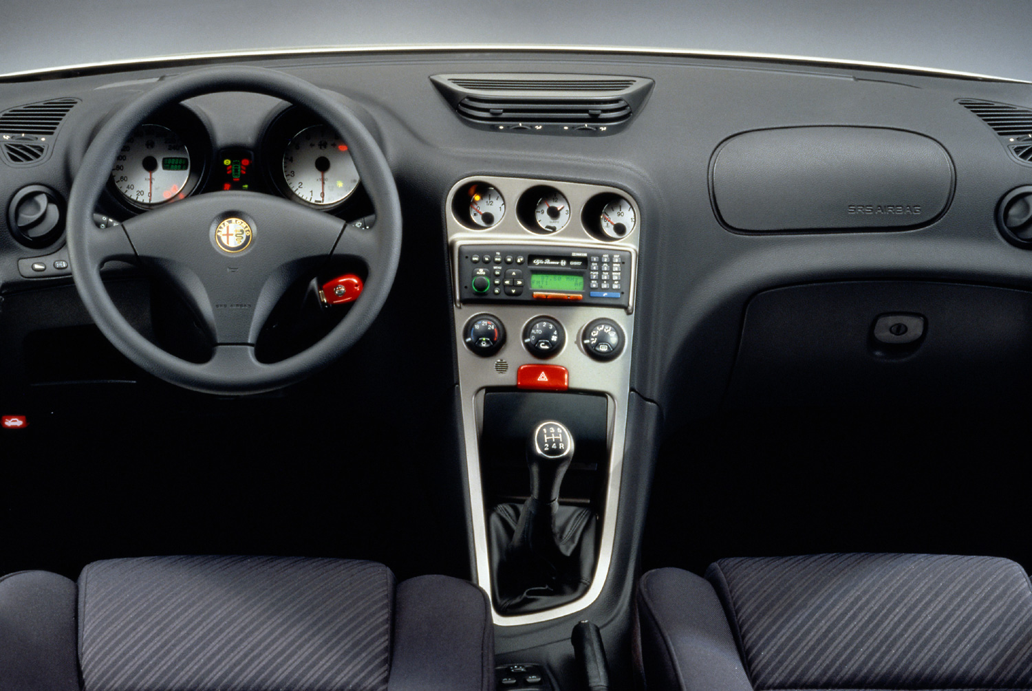 alfa_156_youngtimer_dashboard