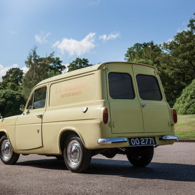 Ford Thames schuinachter