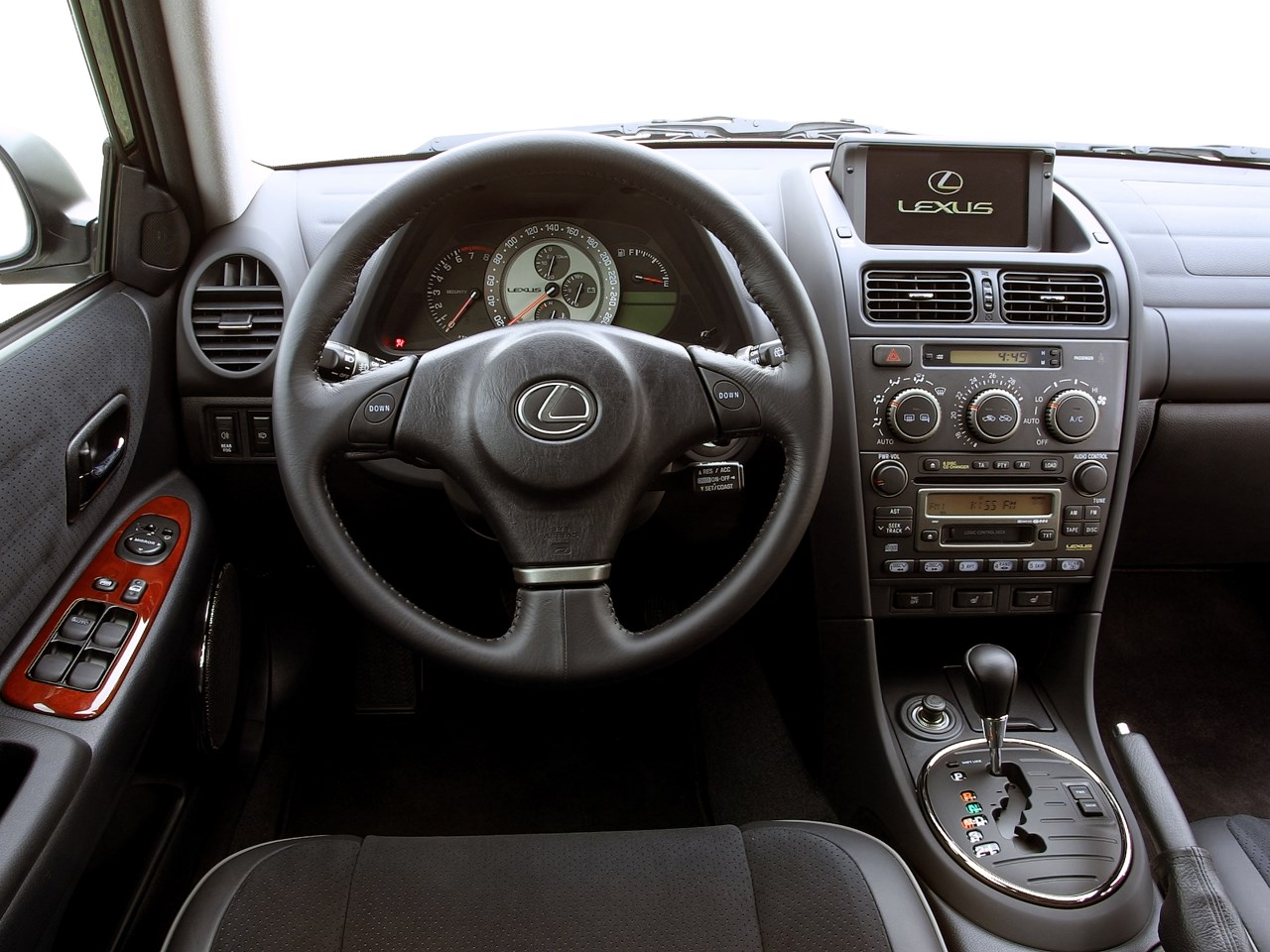 lexus_is200_dashboard