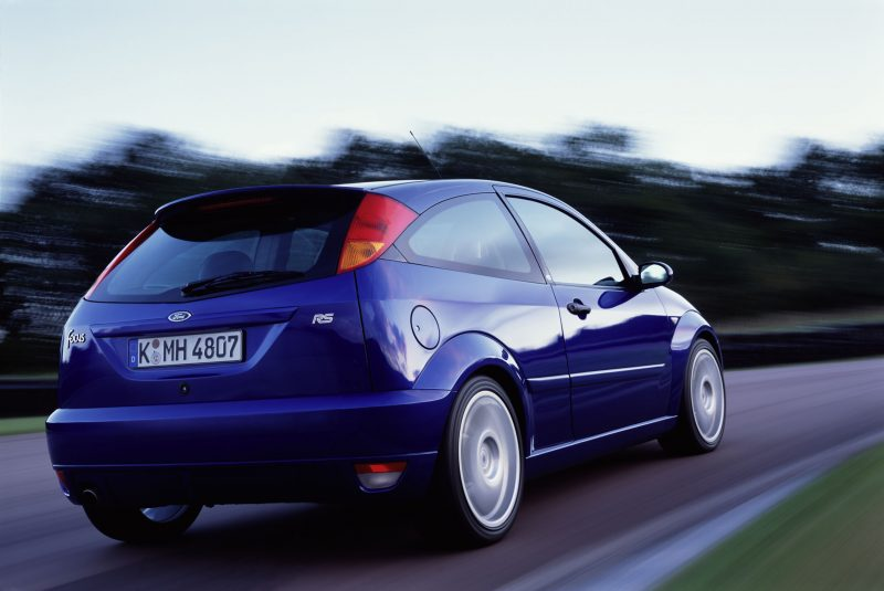 Ford_Focus_RS_rear_01