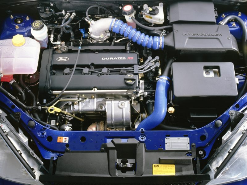ford_focus_rs_motor