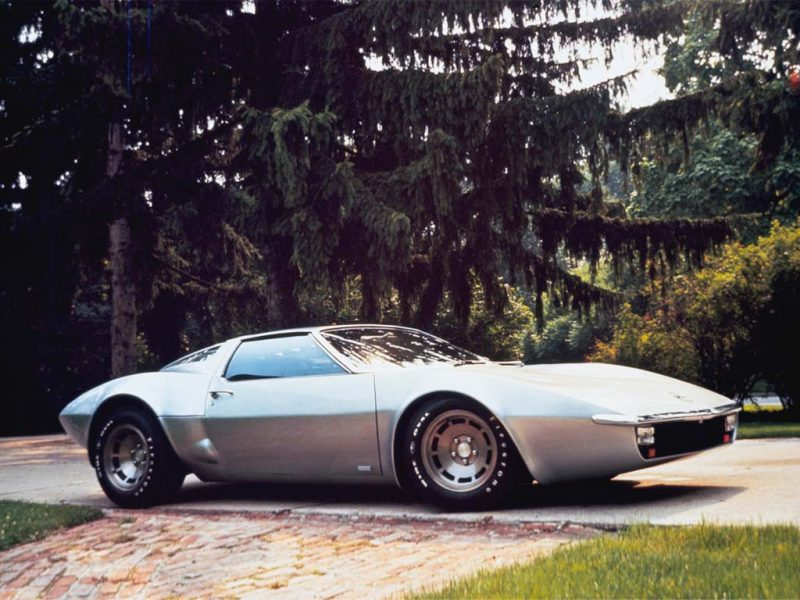 corvette_xp_882_concept_car_1