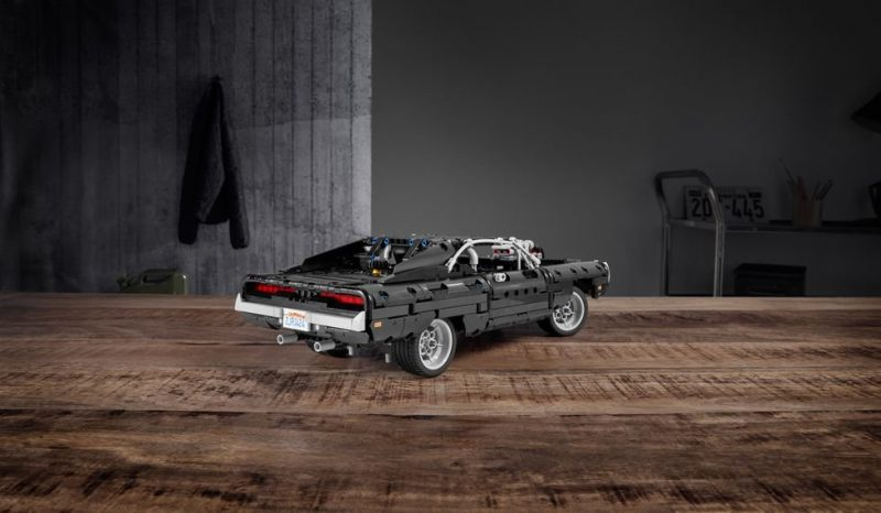 dodge-charger-lego-rear