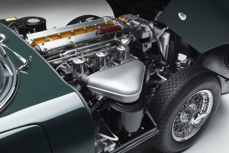 E-TYPE-60-engine-2