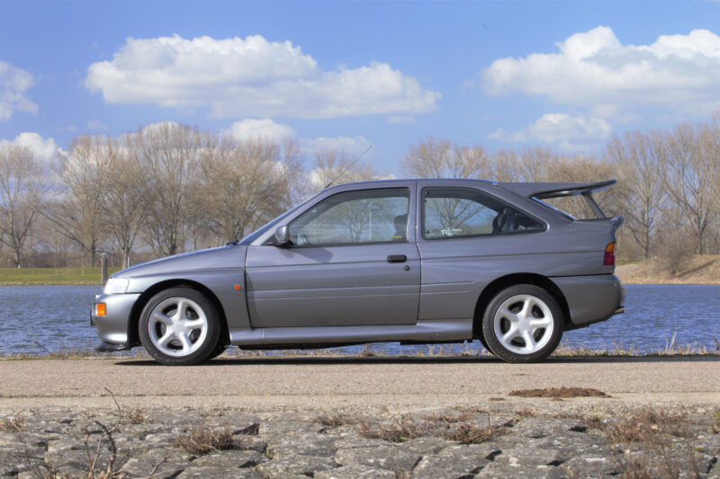Ford-Escort-RS-Cosworth